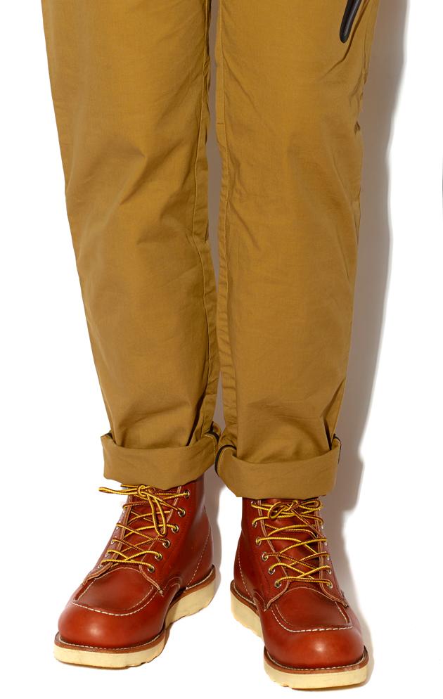 Ryan-Gosling-Worker-Boot