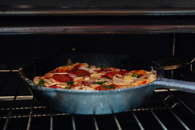 frying-pan-pizza-oven