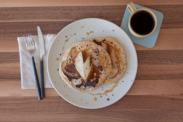 pear-pancakes-whisky-maple