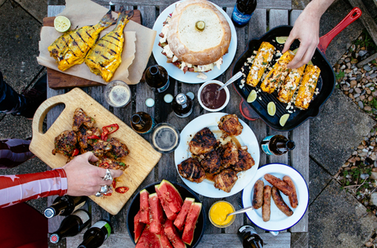 bbq-summer-food-spread