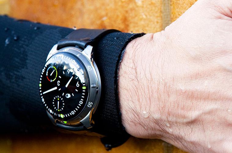 ressenence-watch