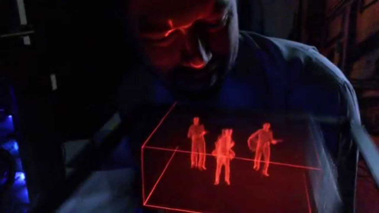 03-hologram